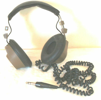 Vintage 1970S Set Of Realistic Tandy 40 Headphones In Fairly Good Condition