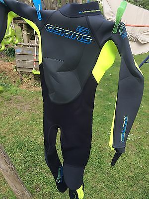C-Skins Element 3x2mm Junior Full Length Steamer Wetsuit XS/4 Great Condition