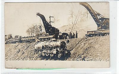 Picture postcard of recovery of Lehigh Valley Railroad Locomotive (C28870)