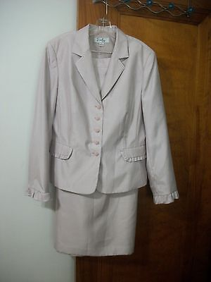 Womens Emily 2 Pc Skirt Suit Size 18