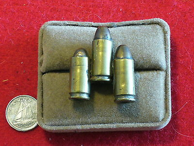Original Canada - WWII - 9mm Rounds Jacket Pin/Badge