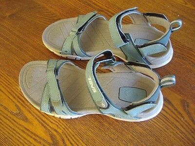 Women's TEVA Blue  Anatomic Footbed Water Sport Sandals size 9 pre owned