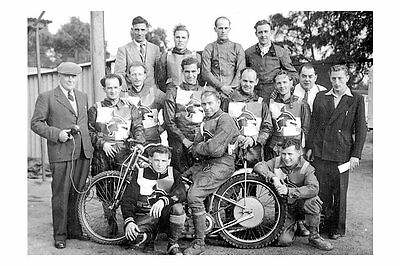 PHOTO TAKEN FROM A 1954 IMAGE OF THE IPSWICH's WTICHES SPEEDWAY TEAM