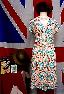 1940`s WW11 wartime vintage style ditsy print  tea / day dress size 14