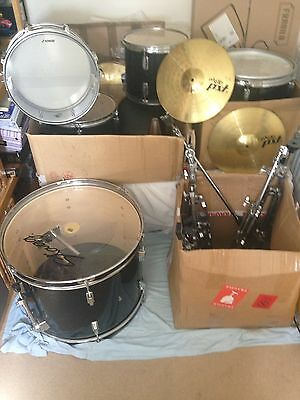 Drum Kit Stagg, Sonor Force, Yamaha