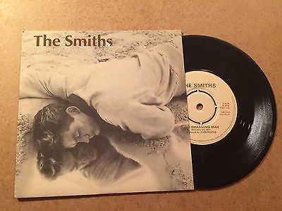 THE SMITHS - THE CHARMING MAN  1983 RT 136  UK 1st PRESS PUSH OUT  CENTRE MINT