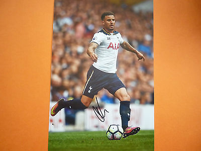 Tottenham Kyle Walker hand signed photo 12x8