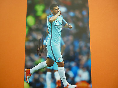 Manchester City Nolito hand signed photo 12x8