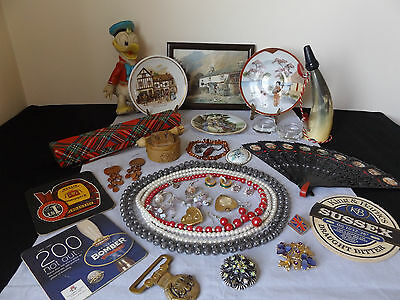 Lovely Vintage Job Lot Of 31 Collectable Items - Porcelain, Jewellery.