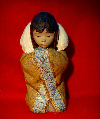 Lladro *arctic Winter* Eskimo Girl Figurine Made In Spain