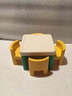 Little Tikes Miniature Kitchen Table With 4 Chairs