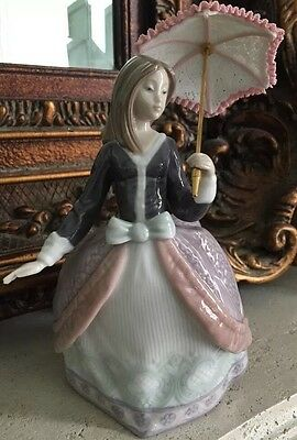 LLADRO figurine # 5211 Angela/Dama Sombrilla en Alto Original Box Retired 2002
