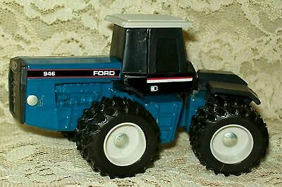 1/64 Scale Models Ford 946 with 4WD and Duals Farm Toy Tractor Diecast