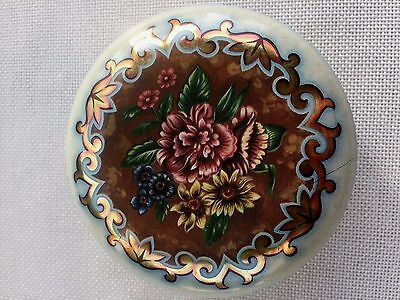 Vintage DAHER DECORATED WARE Round Tin - Made in England