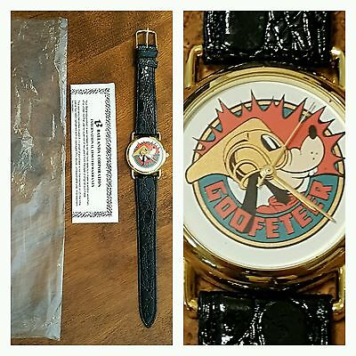 Disney Goofy Goofeteer Limited Edition Cast Member Employee Watch ~ 634/860