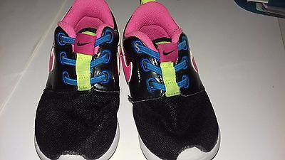 chaussure bebe fille nike 6 à 9 mois