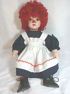 "Red hair Girl clown doll, porcelain face, 12"" - Good condition"