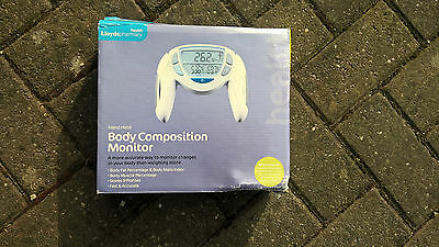 Body composition monitor - Lloyds pharmacy - hand held - fast and accurate