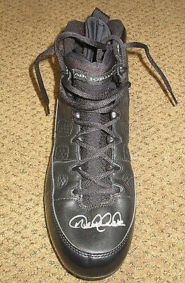 Derek Jeter Game Used Signed Jordan Cleat Steiner  Ny Yankees Auto Mint Bold