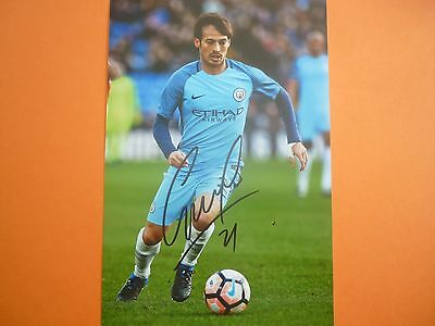 Manchester City David Silva hand signed photo 12x8