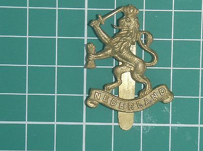 Genuine WW2 British Made (Maker marked) Dutch Forces In Exile Cap Badge