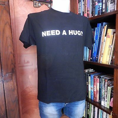 ALIEN T-Shirt NEED A HUG? 80s Movie Vintage-Used-Retro Facehugger