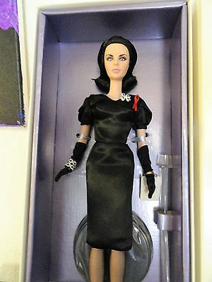 Elizabeth Taylor Violet Eyes Barbie Gold Label Silkstone Limited Editiion NRFB