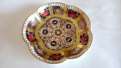 "A Lovely , Royal Crown Derby , "" Old Imari "" Scalloped Shaped Pin Dish ."