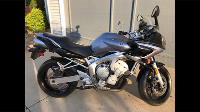 2005 Yamaha FZ  2005 Yamaha FZ 6 Silver only 3600 miles! Clean title, Adult owned.