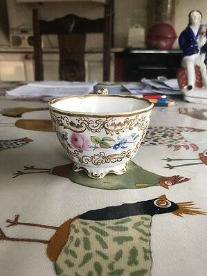An Early 19th Century English Porcelain Copeland And Garrett Spode Felspar Cup