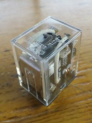 OMRON 24VAC 8-Pin Square Base General Purpose Plug-In Relay NEW FREE SHIPPING 2B