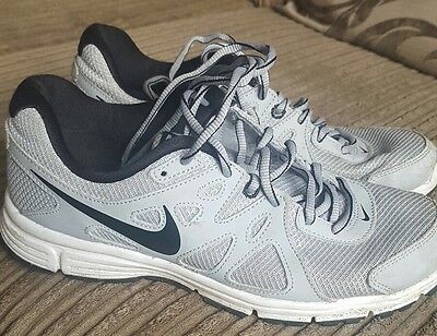 youth nike trainers size 6uk