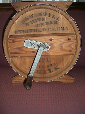 New Style White Cedar Cylinder Churn No 1 3 Gals Wood Butter Churn USA handle