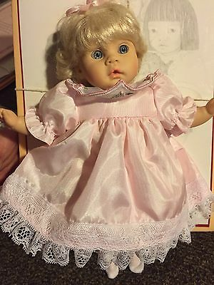 """Collectible doll  Pauline """"Sophie"""" LE 882/3000 w/box, COA, 8"""" tall"""