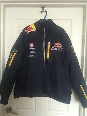 Redbull Racing official merchandise men's winter jacket - size S