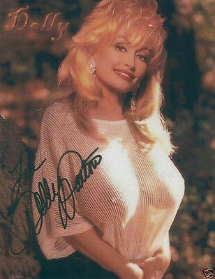 Dolly Parton Signed Photo 8X10 Rp Autographed Excellent !