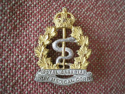 WW2 Royal Canadian Army Medical Corps Nursing Sister Officer Collar Badge