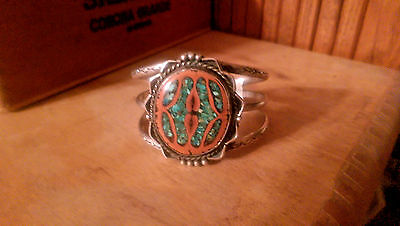 Beautiful Native American Turquoise Chip Walnut Shell Sterling SIlver Bracelet