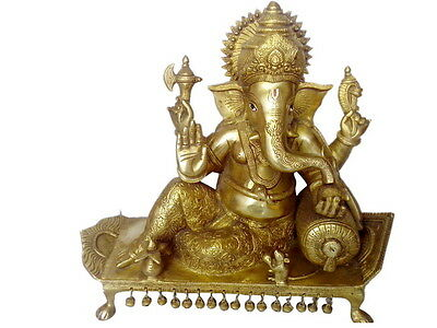 Brass statue of god ganesh handicrafts product by BharatHaat™ BH00075