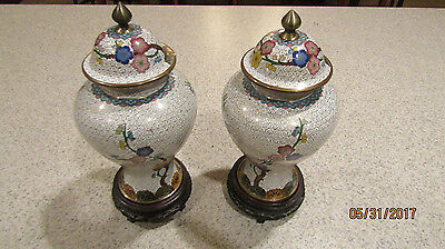 PAIR Vintage CHINESE CLOISONNE SMALL JAR VASES URN WITH LID Marked China