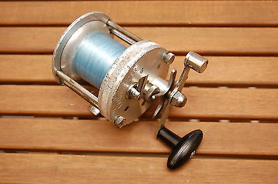 SURFMASTER Vintage Spinning Fishing Reel EXCELLENT CONDITION