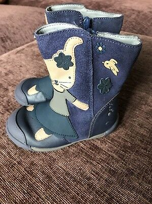 Infant Girls Clarks Boots Size 5 1/2 G