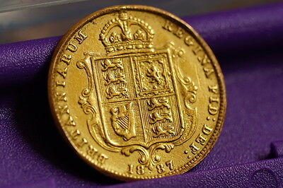Gold Half Sovereign Shield back - Dated 1887 - IEB Variety first issue #1