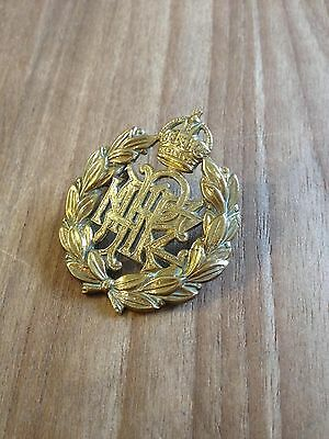 WW2 Original RNZAF Cap badge - Good condition