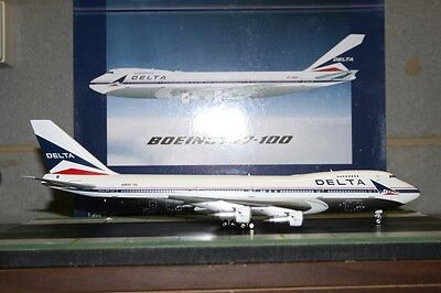 Inflight200/Aviation200 1:200 Delta Airlines Boeing 747-100 N9899 (AV27410615P)