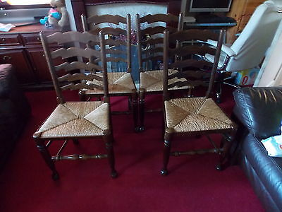 Lovely Set of 4 Farmhouse Country kitchen Solid Oak and Rush Ladder back chairs