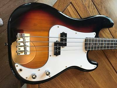 Encore Bass guitar and bass practise amp