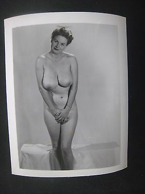 ORIG. 1950S 5X4 PInup Photo..Busty Beauty '.,RISQUE,NUDE..# 3..' Cherry Knight '