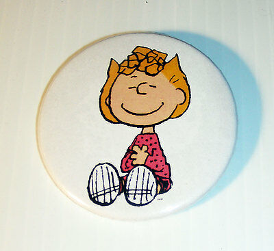 Peanuts SALLY BROWN button pin back Schulz Snoopy Charlie comics