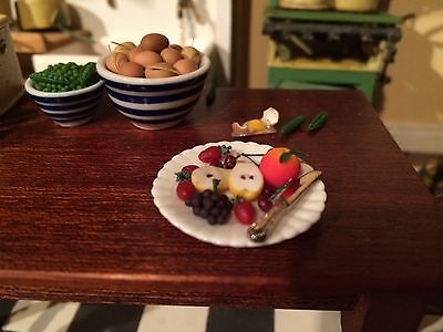 12th Scale handmade dolls House Miniature fruit plate. great quality.